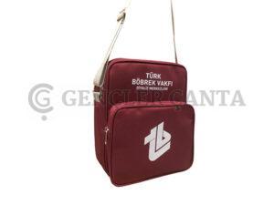 postacı ve el çantası